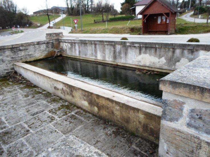 fontaine-lavoir-a-breurey-1